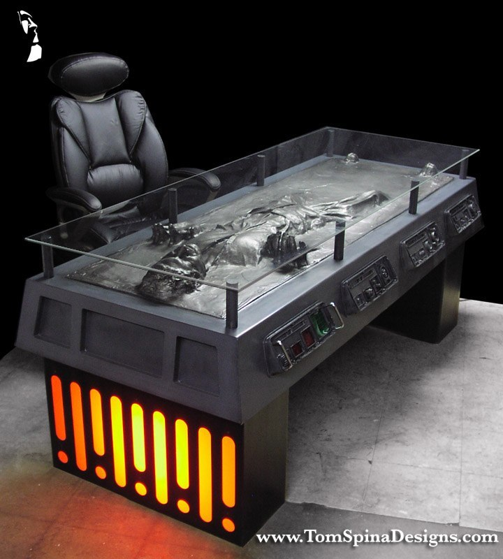Han Solo Carbonite Desk 1