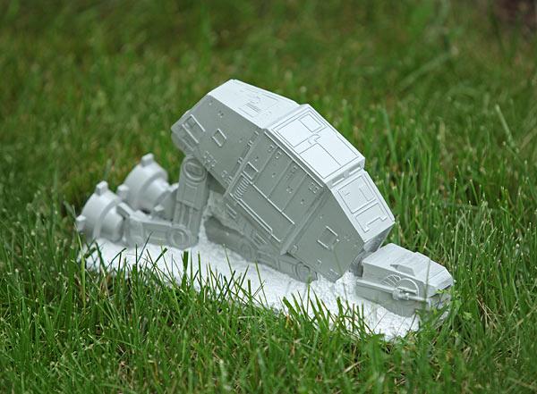 Star Wars AT-AT Lawn Ornament