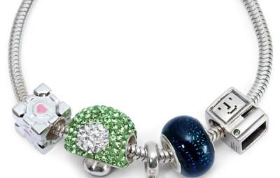 Charm Bracelet - Geek Decor