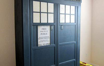 TARDIS Murphy Bed Finished - Geek Decor