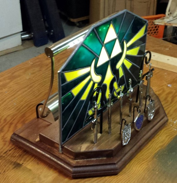 This diy triforce nightlight will blow you away geek decor for Decoration zelda