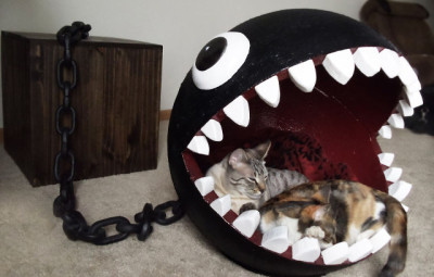 Chain Chomp Cat Bed Broad View - Geek Decor