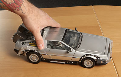 Back to the Future Lights and Sound Mark II Delorean In Use - Geek Decor