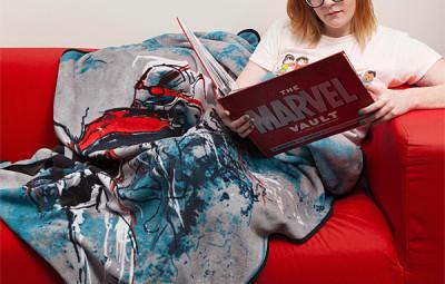 Ant-Man Action Fleece Cuddles - Geek Decor