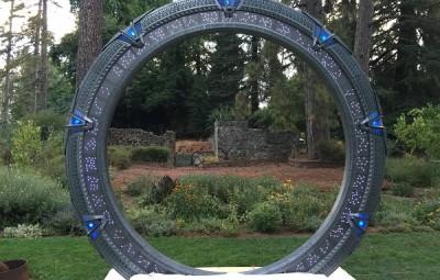Stargate Wedding DIY - Geek Decor